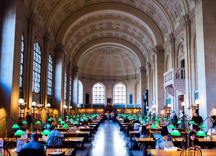 Thư viện công cộng Boston.